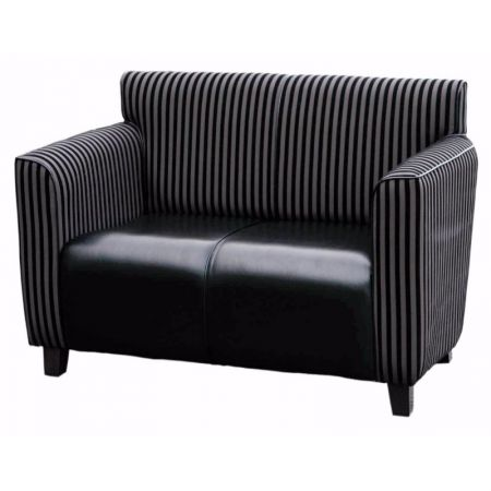 Highland 2 Seater Settee