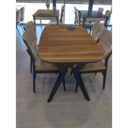 Dinamic Extending Dining Table *PRICE TBC