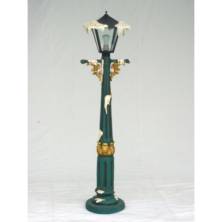 Christmas Lamp Post - 4ft