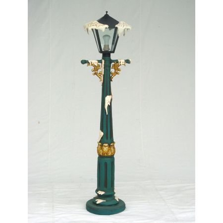 4FT CHRISTMAS LAMP