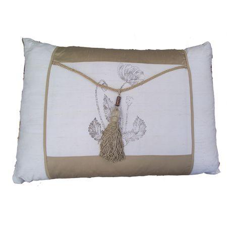 Cushion E (Gold Ivory)
