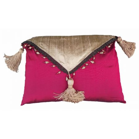 Cushion F