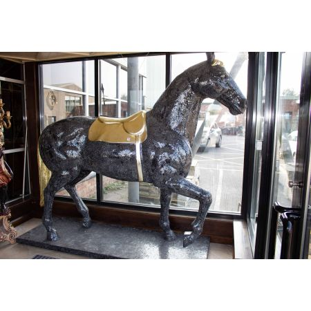 1:1 Mosaic horse black and gold